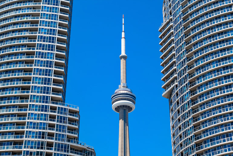 New Condo High Rise in Downtown Toronto new CN Tower