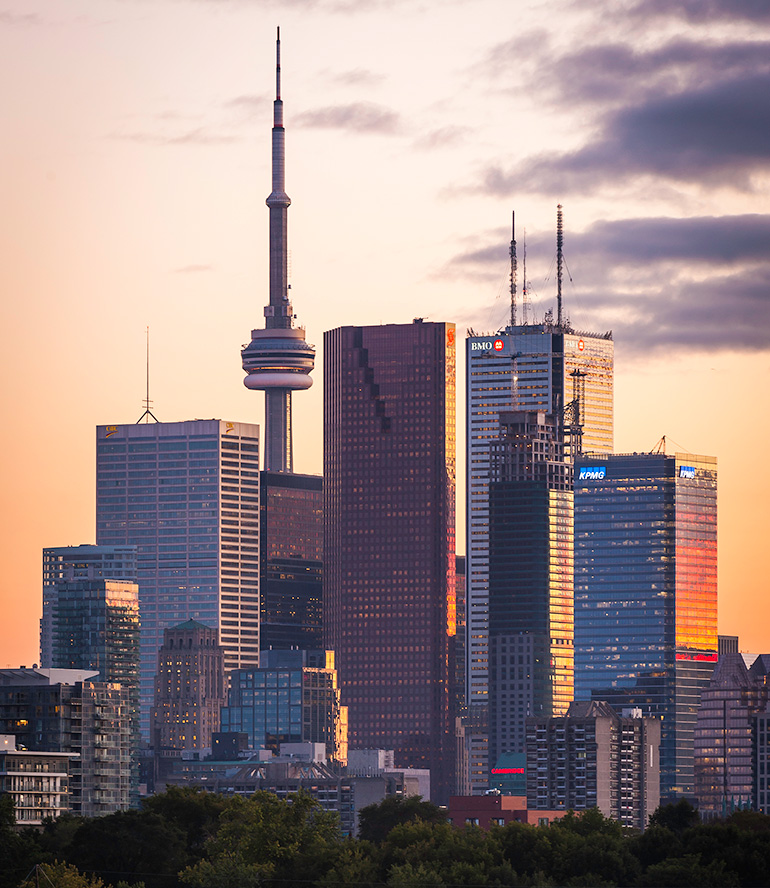 Looking to Buy a New Condo in Toronto?
