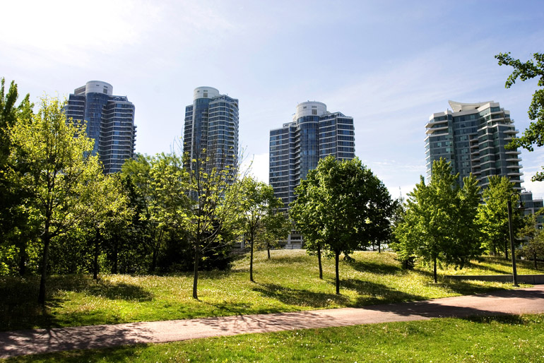 New Condo Buildings near Downtown Toronto